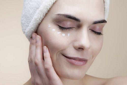 Tips to avoid oily skin