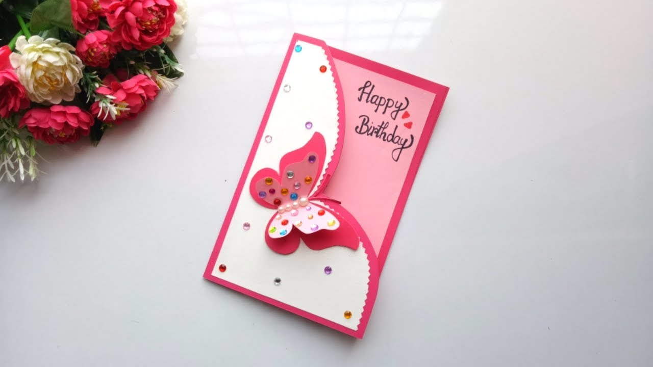 Emotionally Connect with Your Loved Ones with Playful Greeting Cards